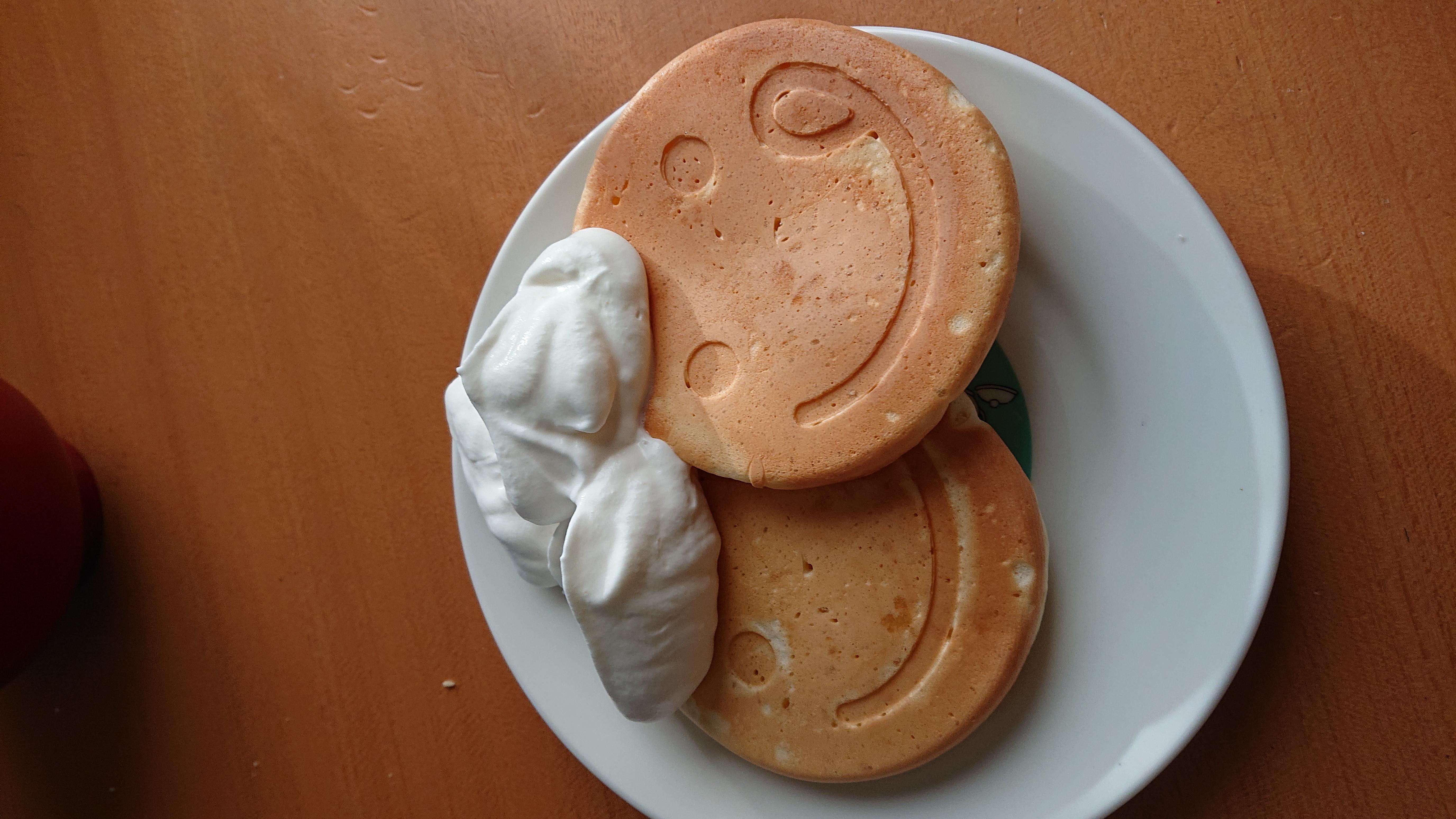 朝ごはん 白髪のおじさんパンケーキ